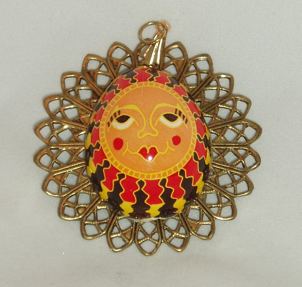 Sun Pendant orange-faced